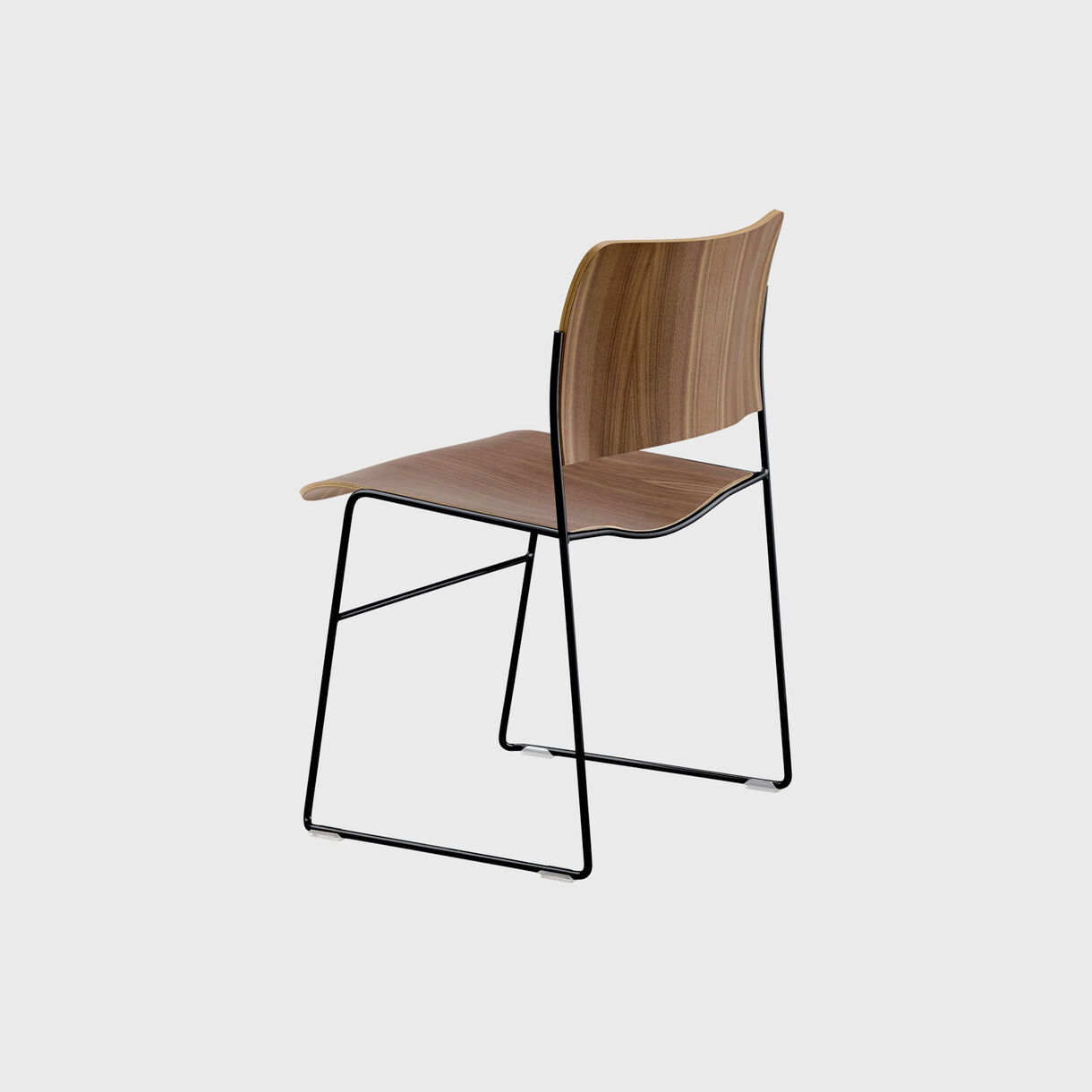 40/4 Chair, Walnut Veneer & Black