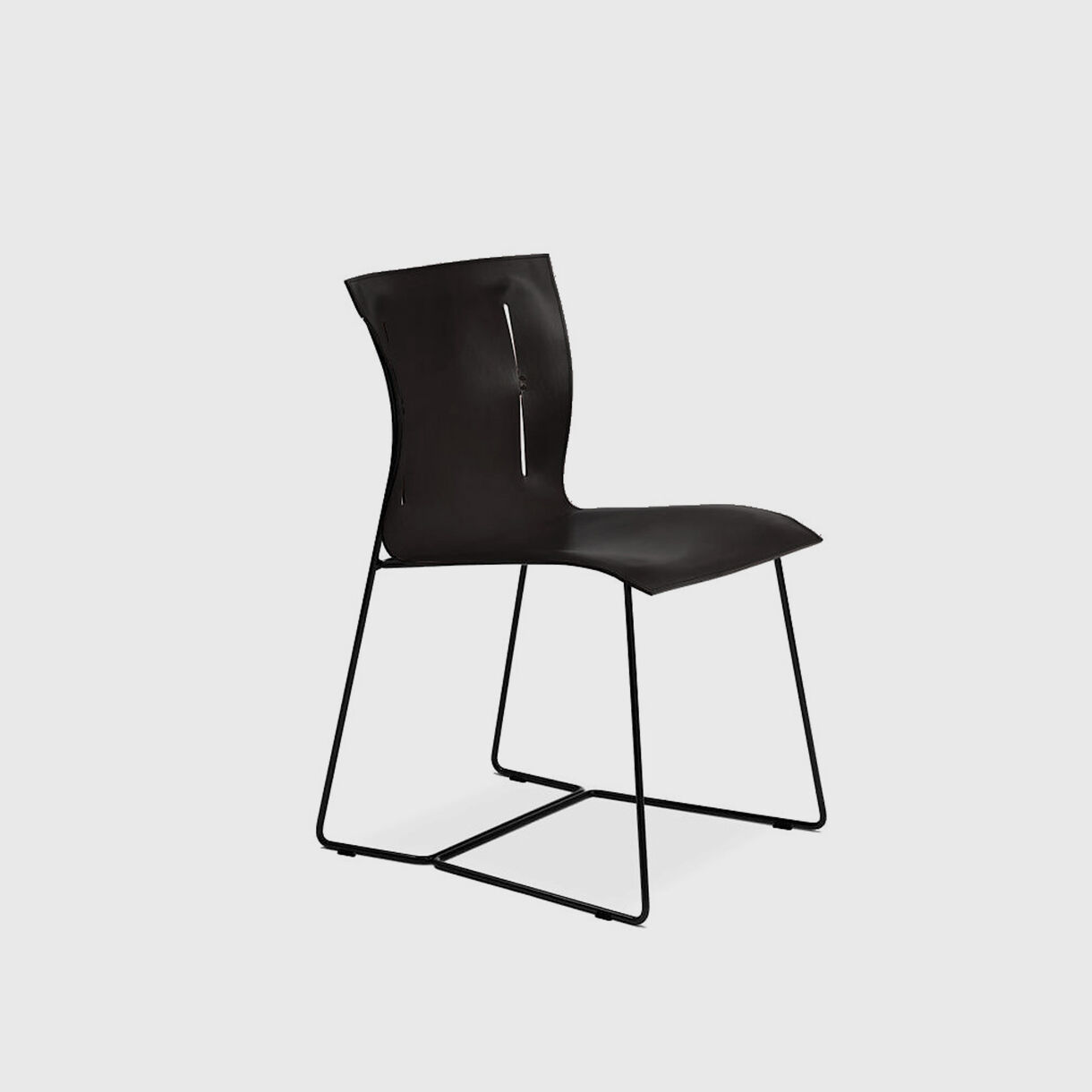 Cuoio Chair, Black Saddle Leather