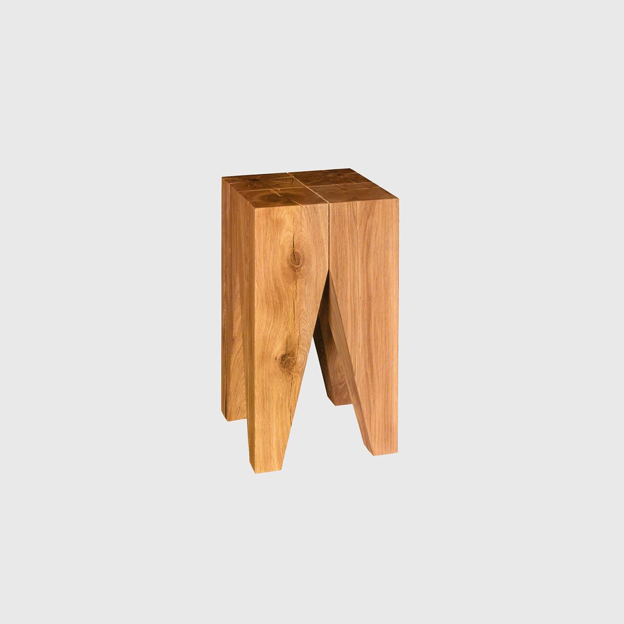 Backenzahn Side Table in Oak