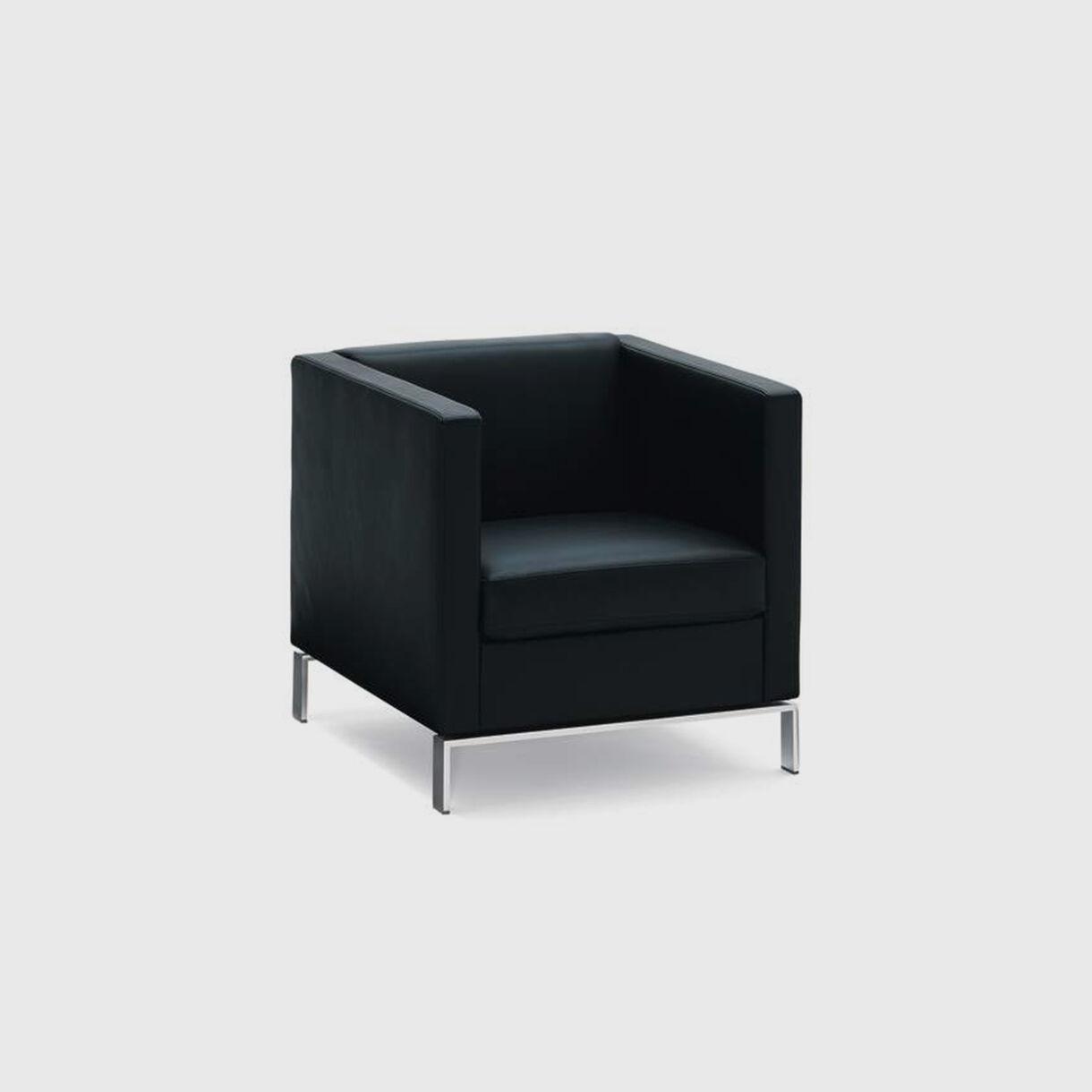 Foster 501 Armchair