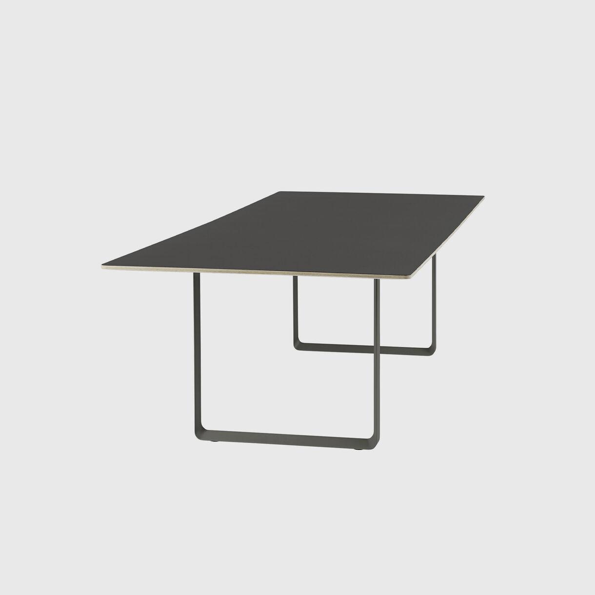 70/70 Table, 2950 x 1080, Black