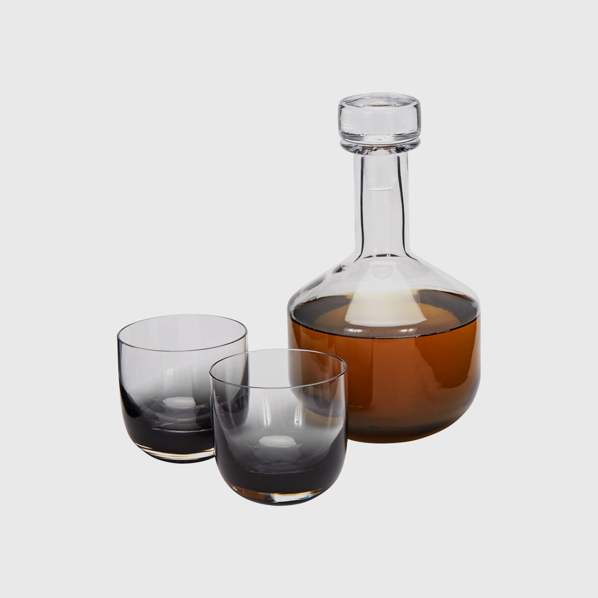Tank Whiskey Decanter, Black, Full, with Glasses