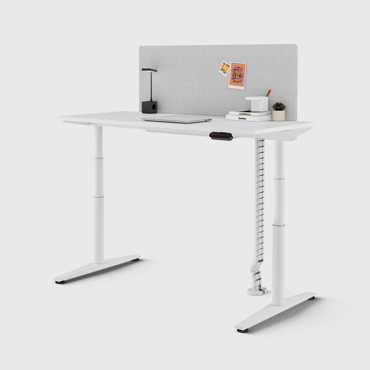 Ratio Single Freestanding Desk, Round Leg