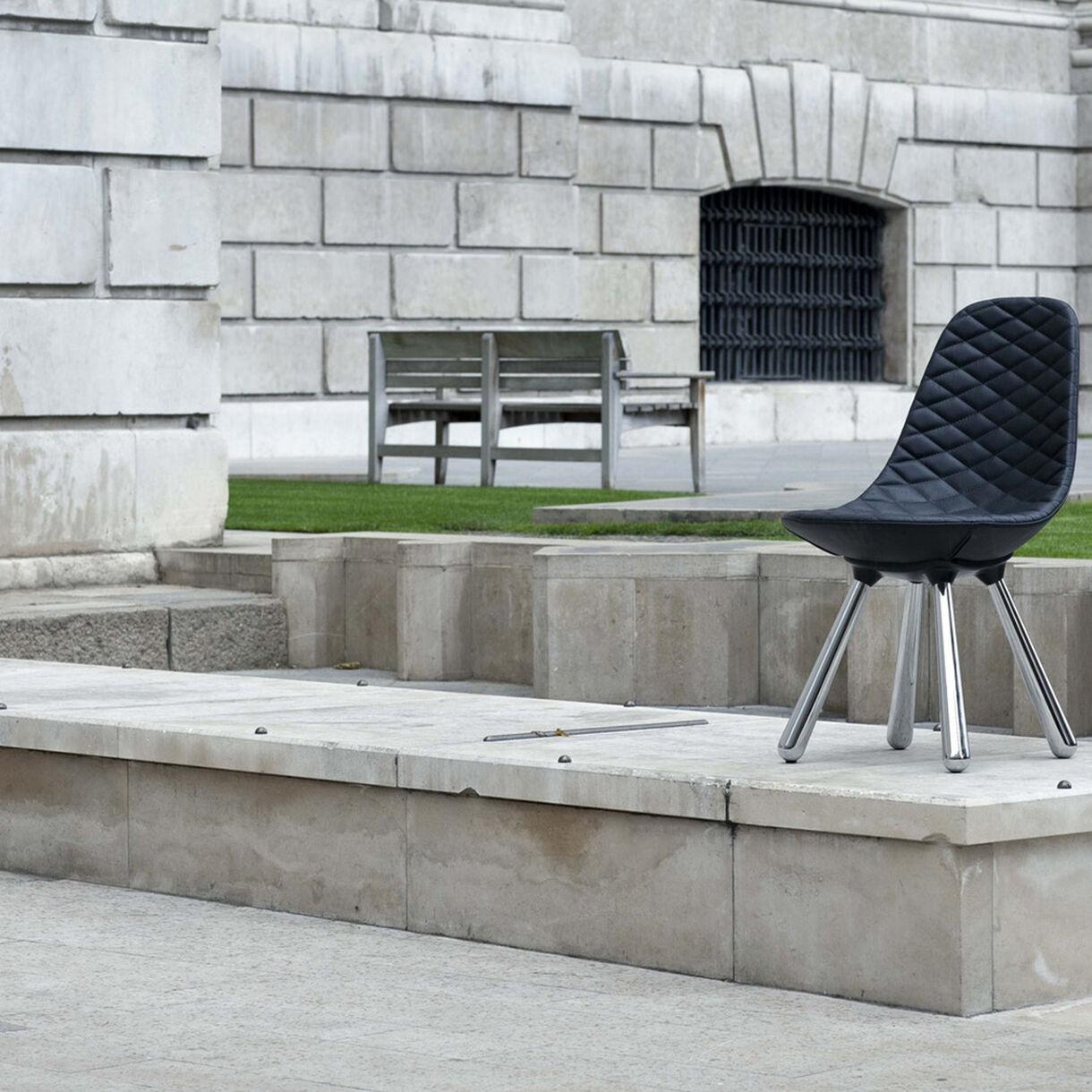 Tudor Chair, Lifestyle