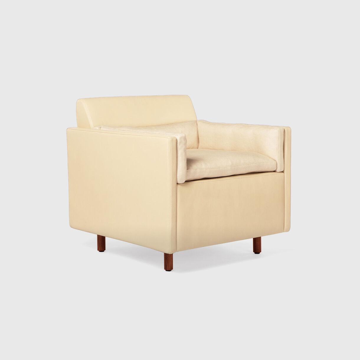 Salon Club Chair