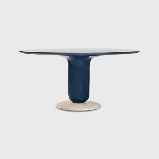 Explorer 4 Dining Table