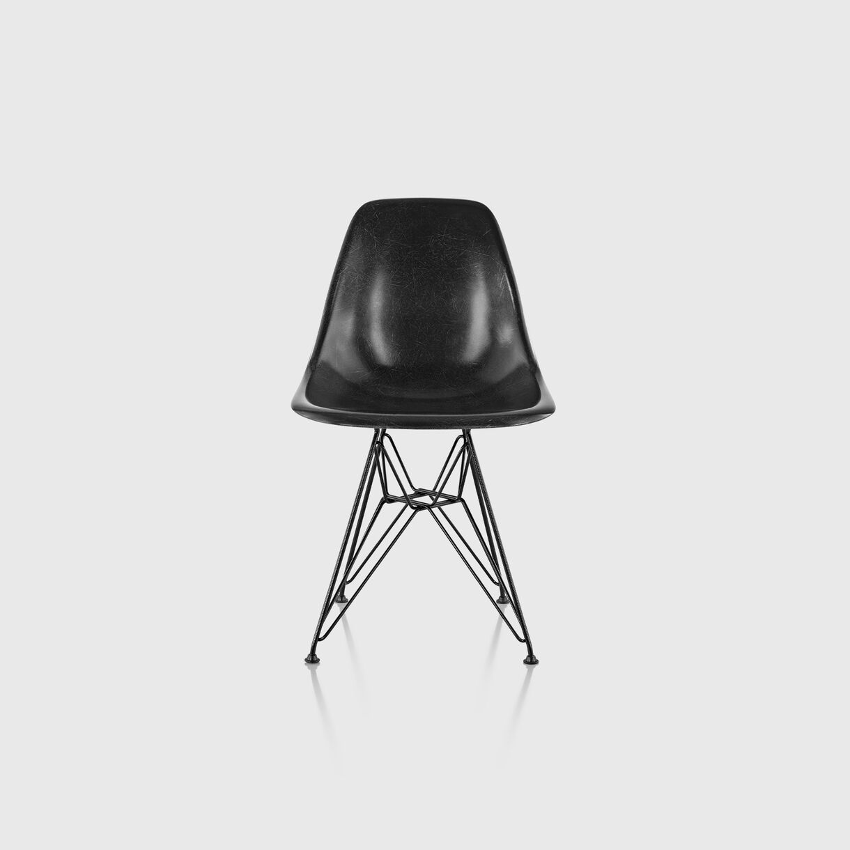 Eames Moulded Fibreglass Side Chair, Wire Base