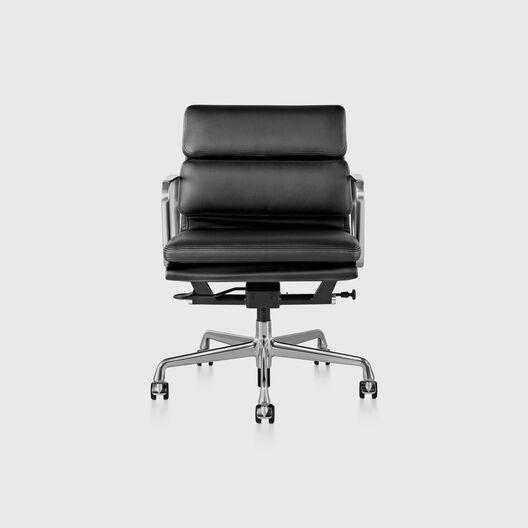 Eames® Soft Pad Management Chair