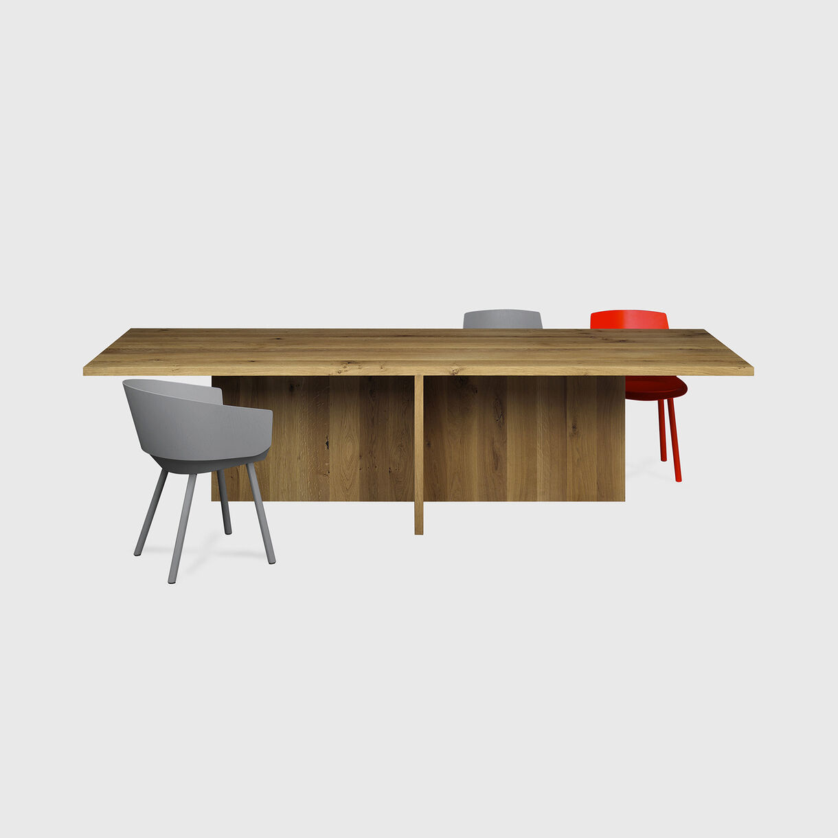 Zehn Table with Houdini Chairs