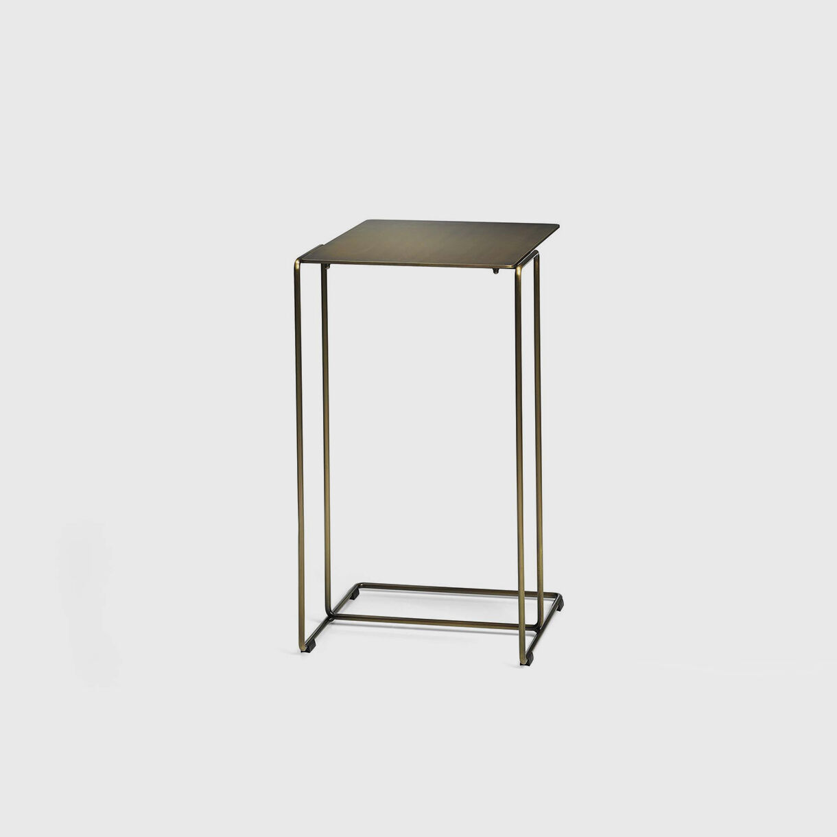 Oki Side Table, Small T1, Brass