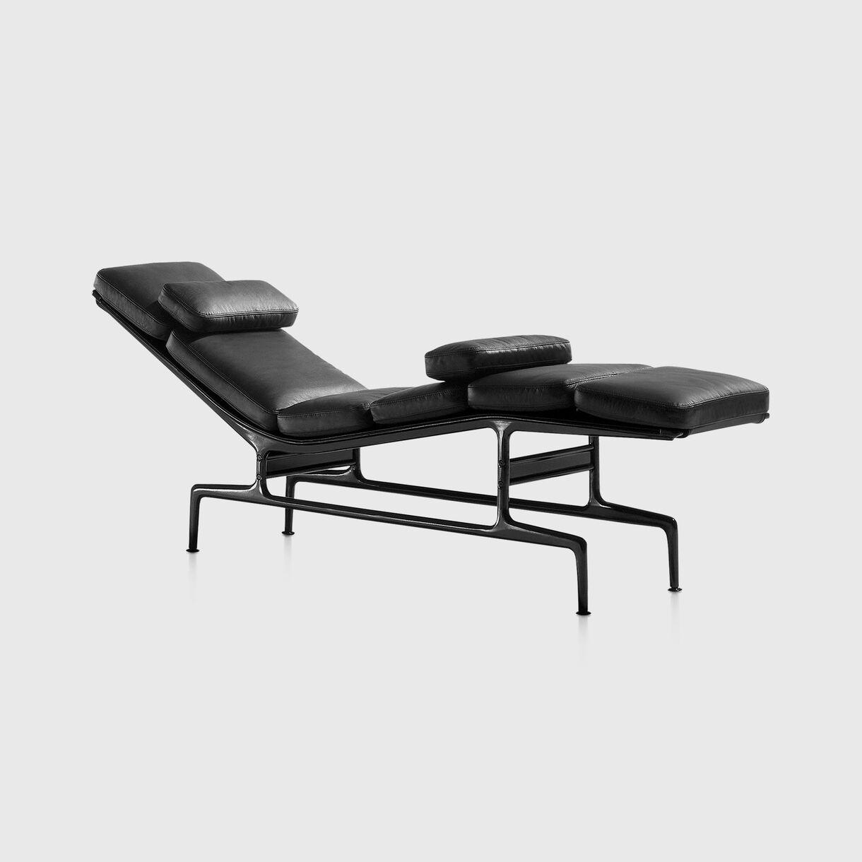 Eames Chaise, Black
