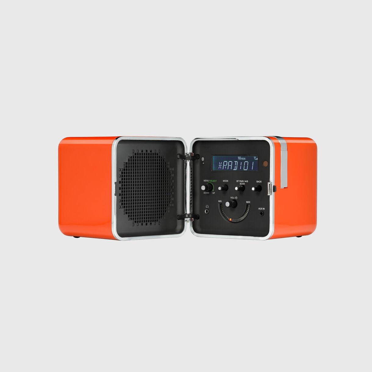 Radio.cubo, Orange, Open