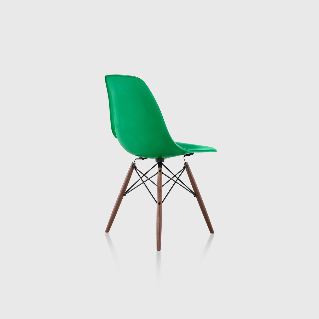 Eames Moulded Fibreglass Side Chair, Dowel Base