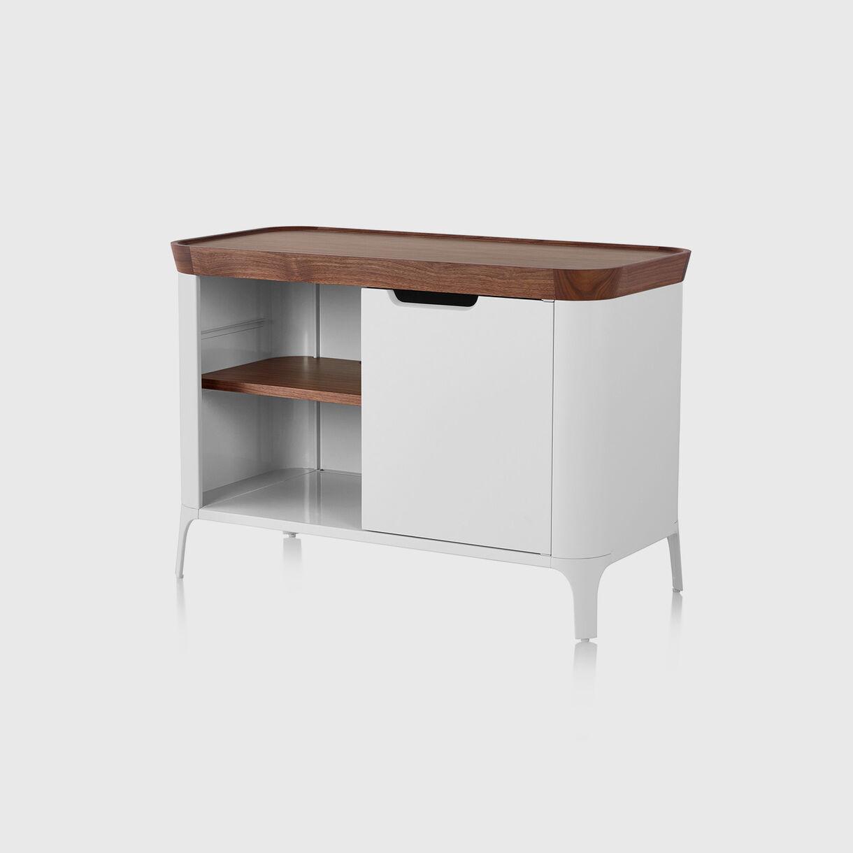 Airia Cabinet