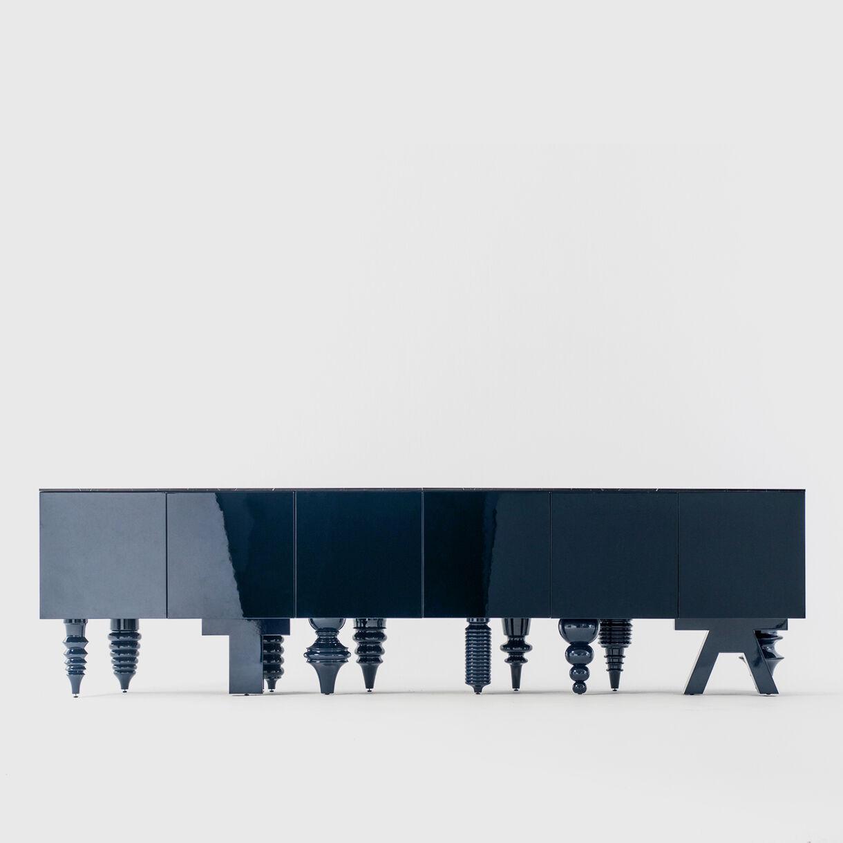 Showtime Multileg Cabinet