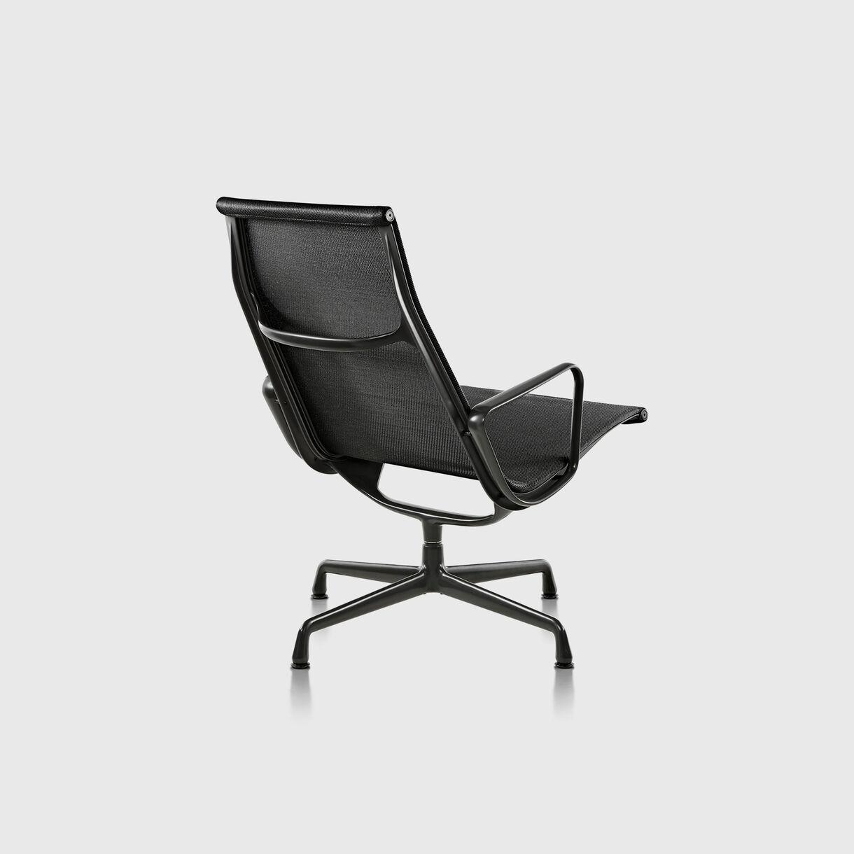 Eames Aluminium Group Outdoor Lounge Chair